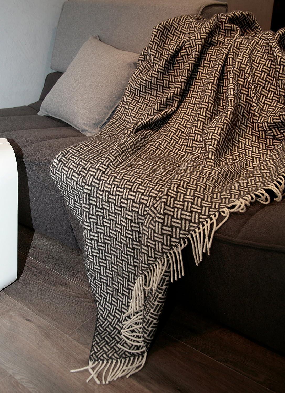 Manta de lana con franja , 80% Lana, 140 X 200cm, modelo