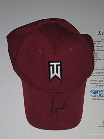 d40ba40e00e Image Unavailable. Image not available for. Color  Tiger Woods signed  Burgundy Nike 20Vr TW Fitted Golf Hat ...