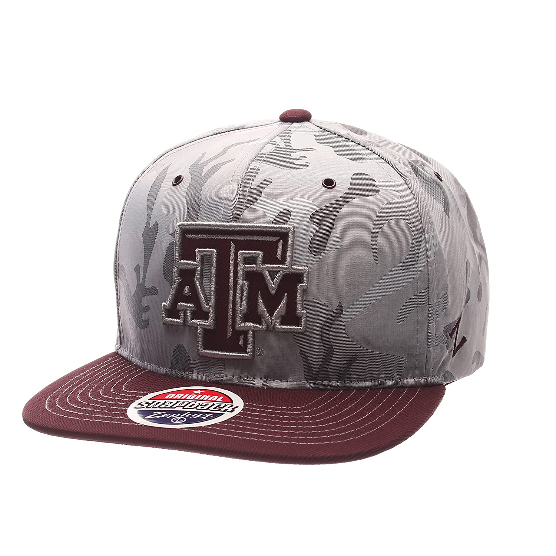 Adjustable Size NCAA Zephyr Wisconsin Badgers Mens Brigade Snapback Hat Gray Camo//Team Color