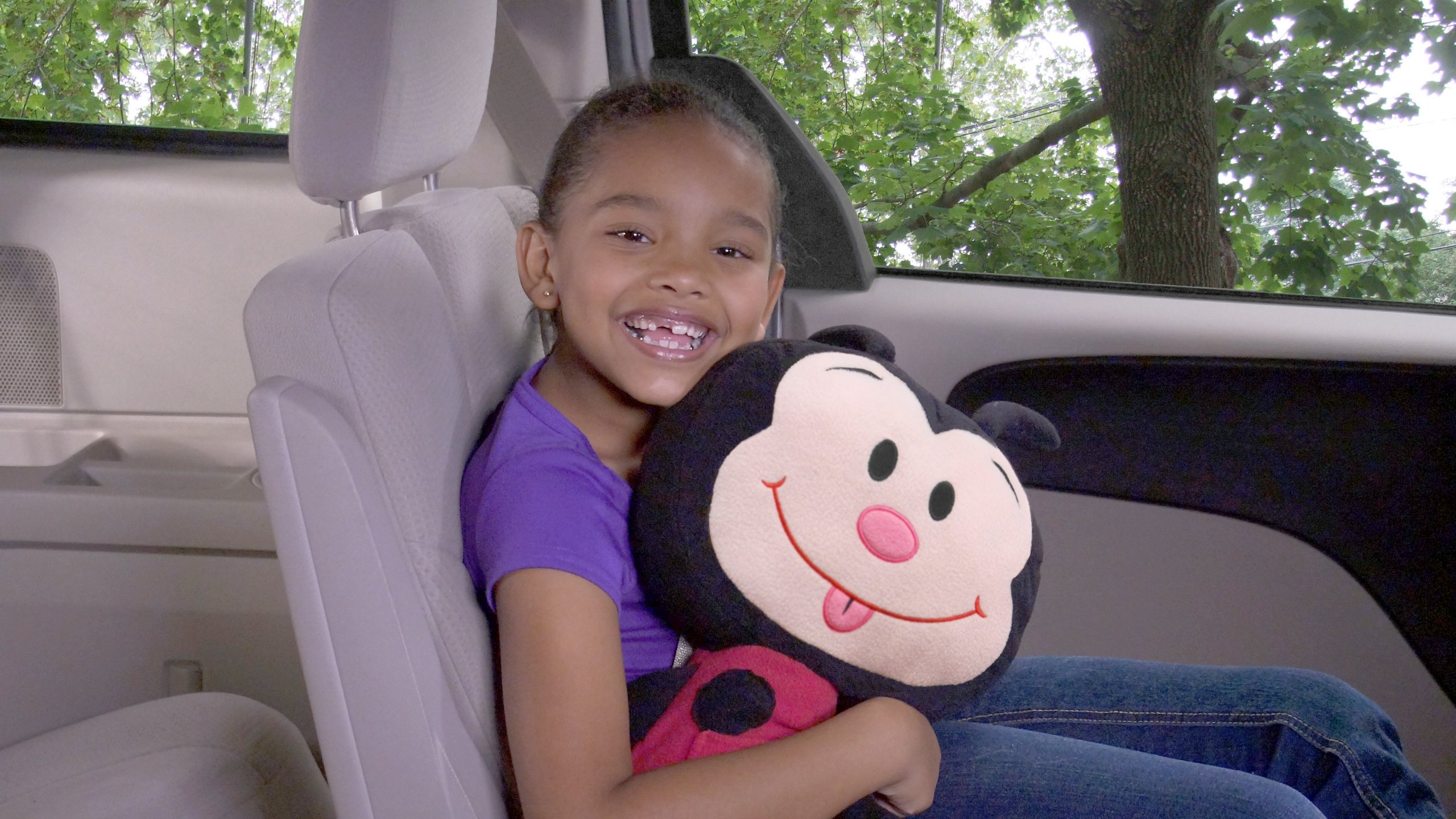 Seat Pets (Ladybug) by Jay at Play - As Seen on TV - Kids Seat Belt Car Travel Pillow and Plush Animal Toy - Compatible with Any Safety Belt to Provide Head & Neck Support by Lambow (Image #1)