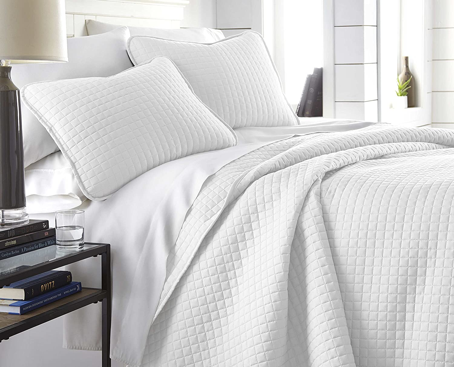 Southshore Fine Linens - Vilano Springs Oversized 3 Piece Quilt Set, Full/Queen, Bright White