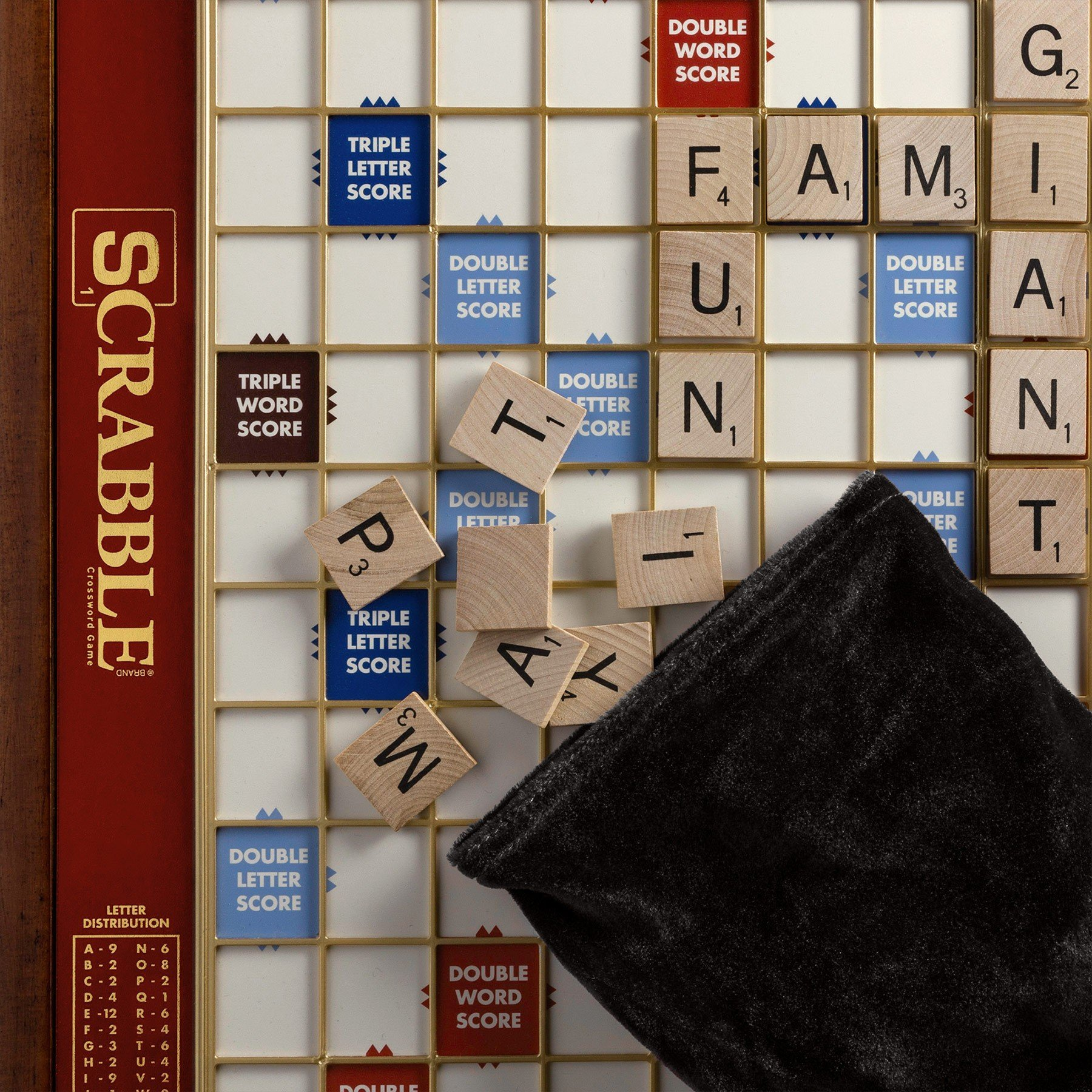 Deluxe Giant Scrabble Game by Scrabble (Image #4)