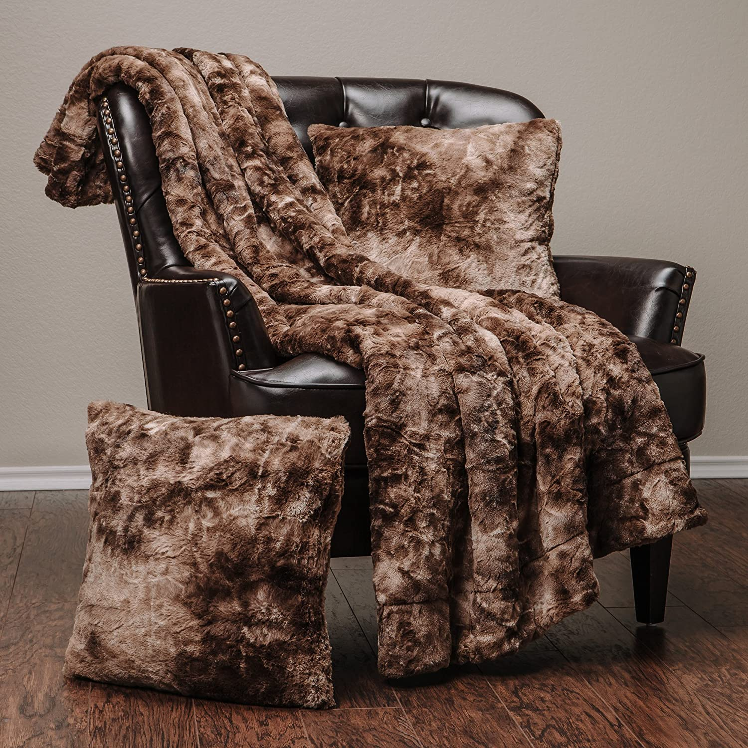 Chanasya 3-Piece Faux Fur Throw Blanket Pillow Cover Set - Sherpa Throw (50x65 Inches) 2 Throw Pillow Covers (18x18 Inches) for Couch, Bed, Chair and Sofa - Chocolate