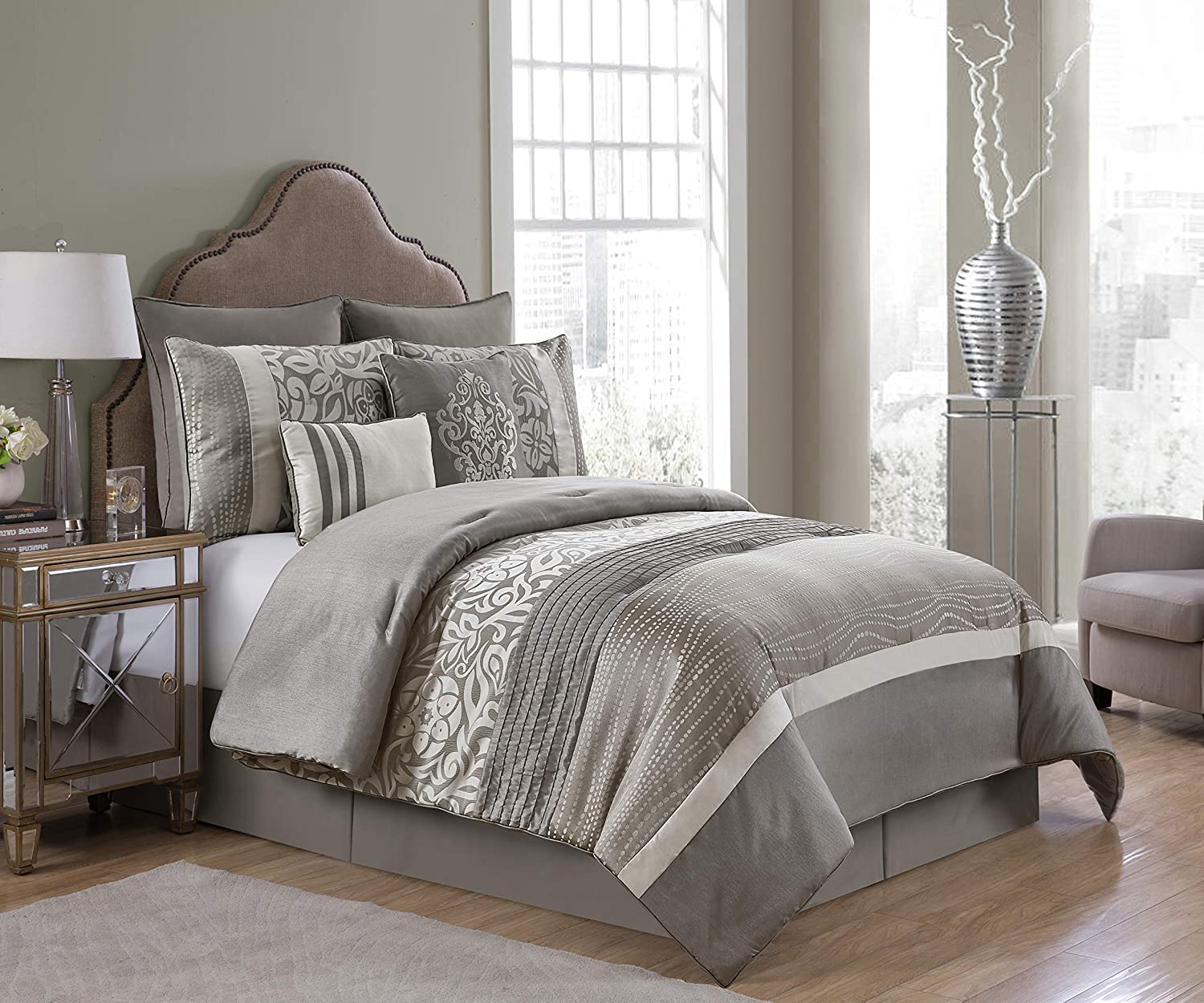 Amazon Com Vcny Home Arcadia Collection Floral Accent Embroidered Comforter Premium Microfiber 8 Piece Bedding Set Elegant And Chic Design For Home Decor King Taupe Home Kitchen