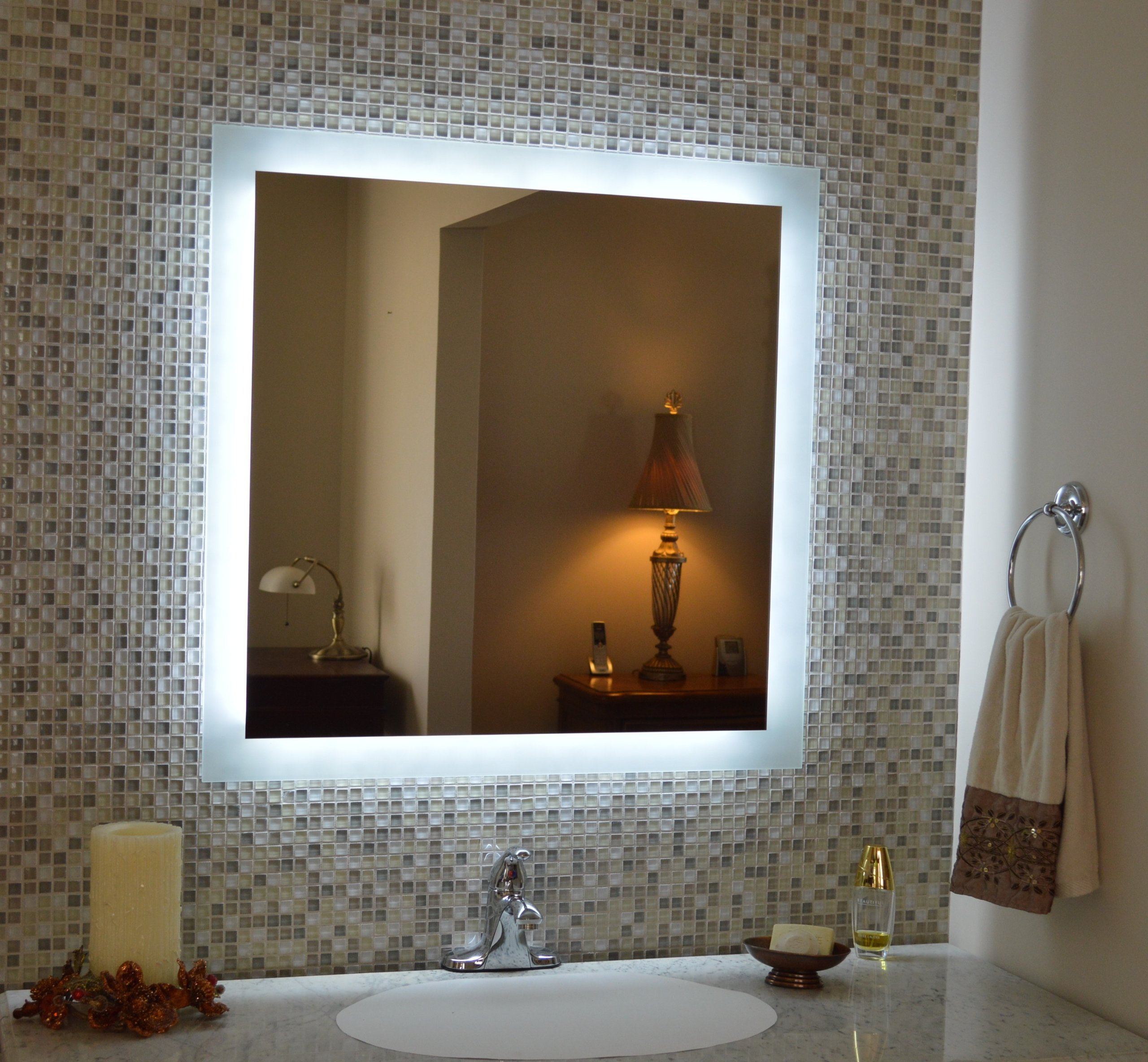 Mirrors and Marble MAM93636 Commercial Grade 36x36 Side Lighted Mirror