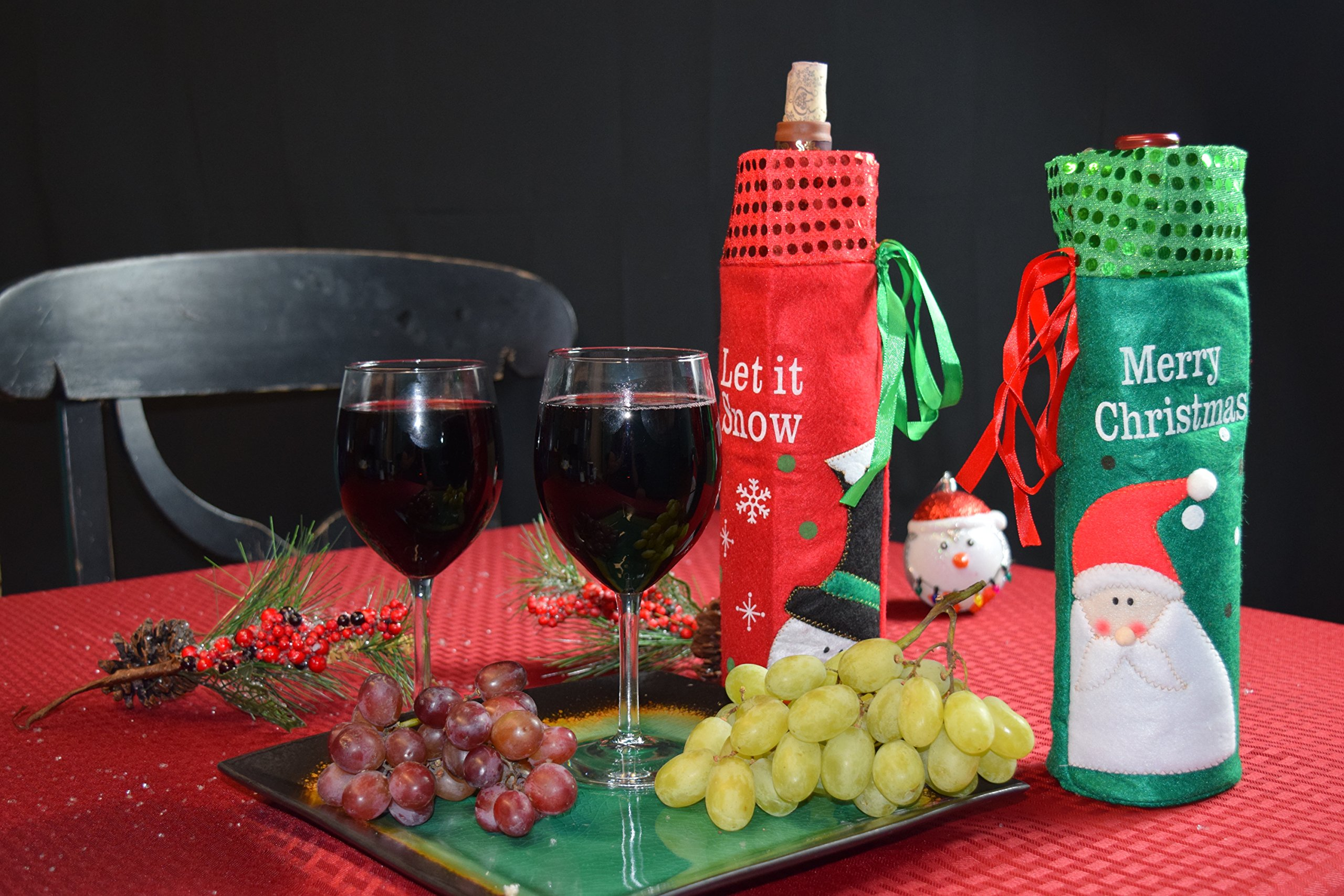 VS GLOBAL Christmas Wine Bottle Covers : 2pcs, one red and one Green. Party or Hotel Decorations