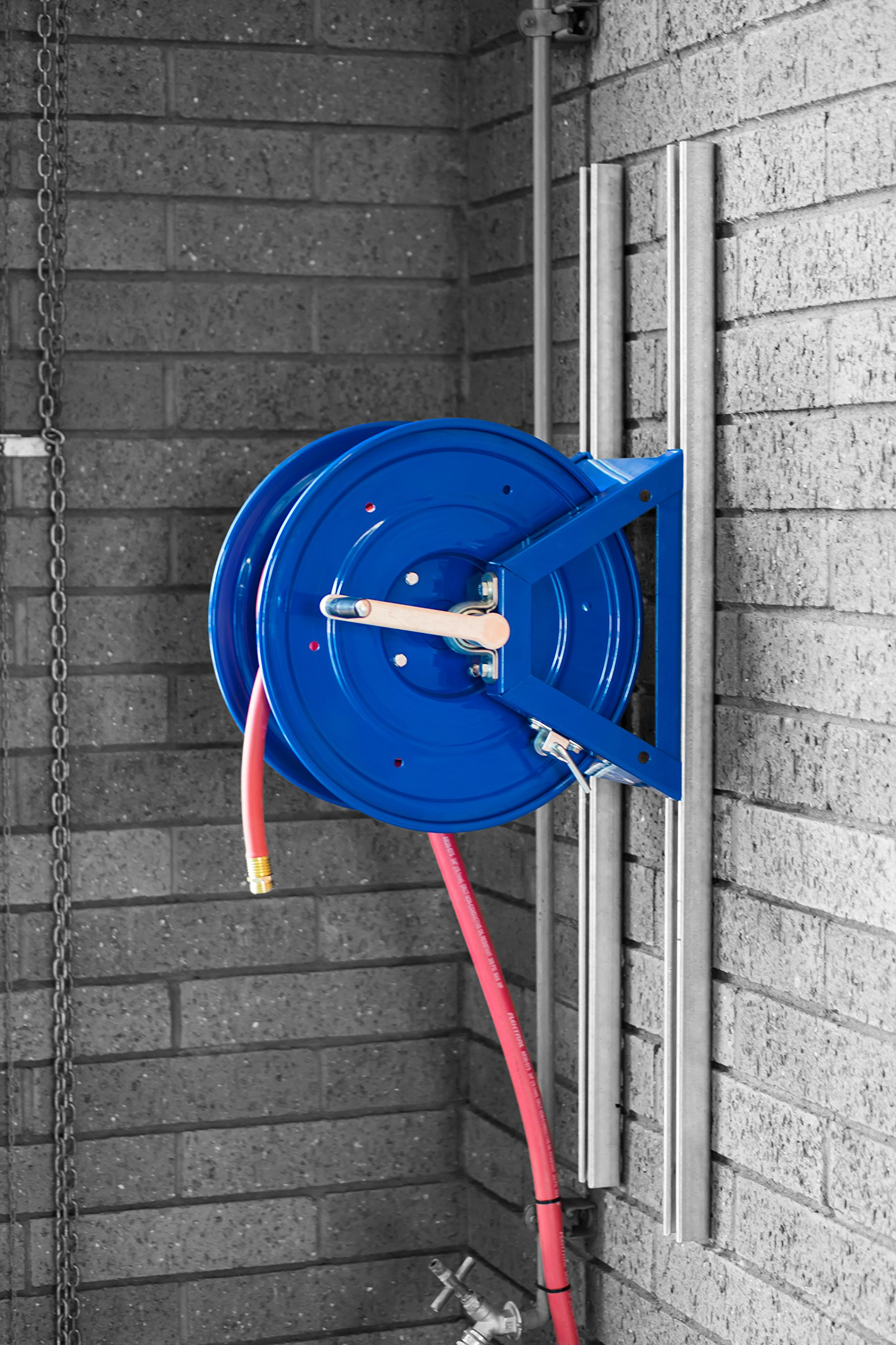 Coxreels 1125-4-100 Steel Hand Crank Hose Reel, 1/2'' Hose I.D., 100' Hose Capacity, 3,000 PSI, without Hose, Made in USA by Coxreels (Image #13)