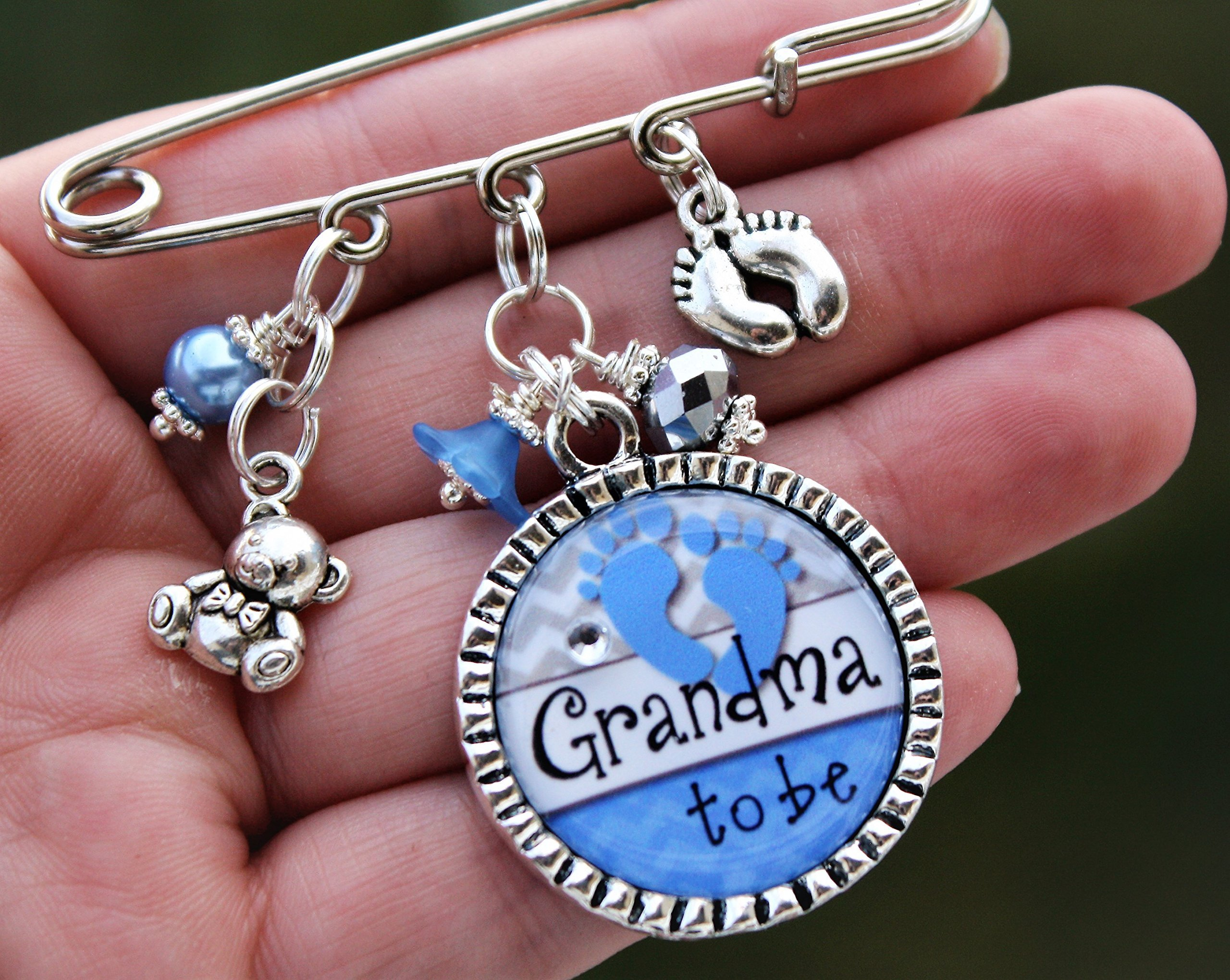 Personalized Grandma to be or title of your choice Mom Aunt Nana Noni Gigi to be Baby shower kilt Pin It's a Boy Girl unique birth gender announcements expecting big news, your choice of color