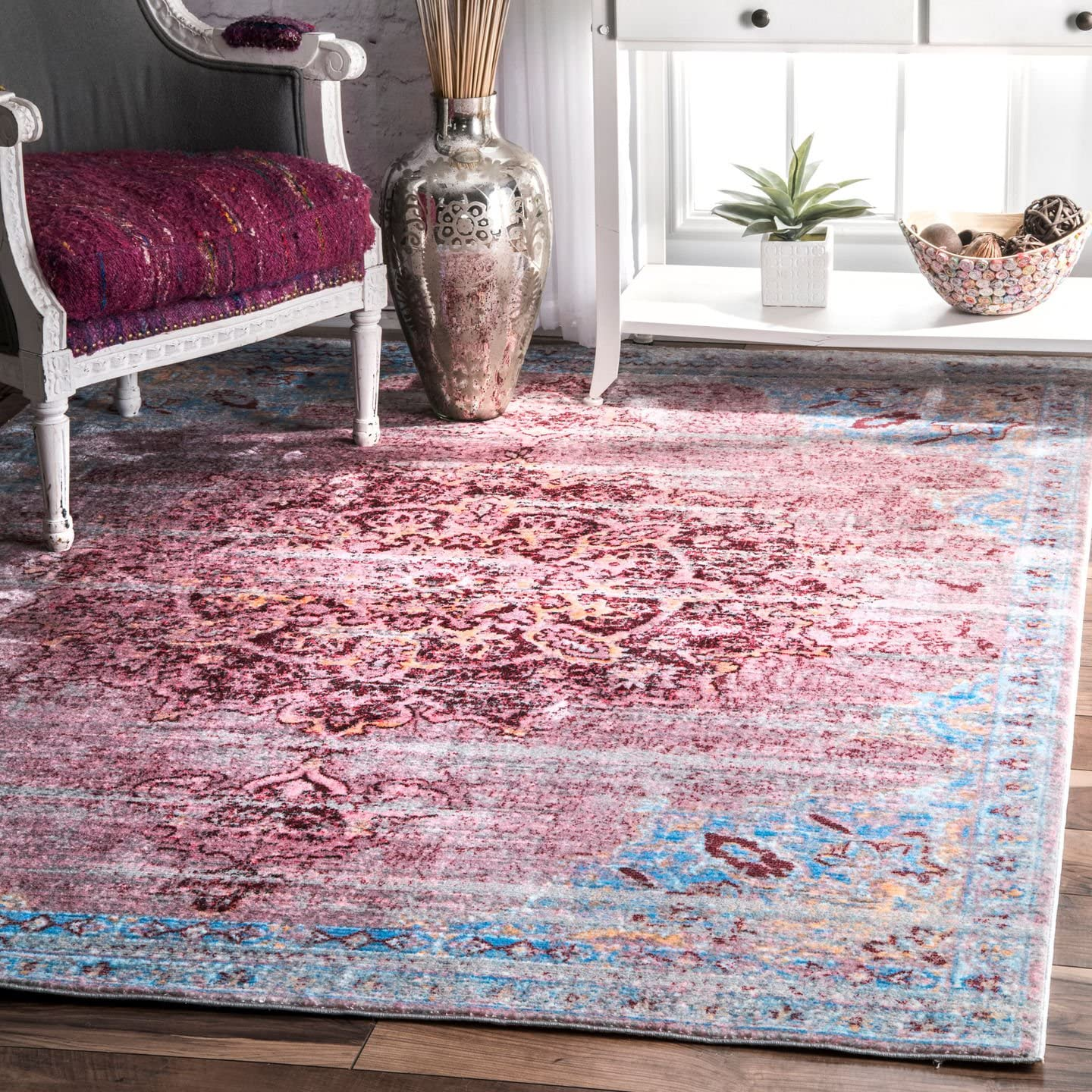 nuLOOM Cherry Pink Vintage Medallion Marin Rug, 5 3 by 7 10