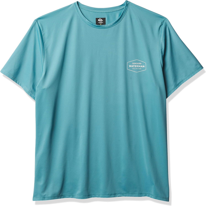 Quiksilver mens Gut Check Ss Short Sleeve Rashguard Surf Shirt: Clothing
