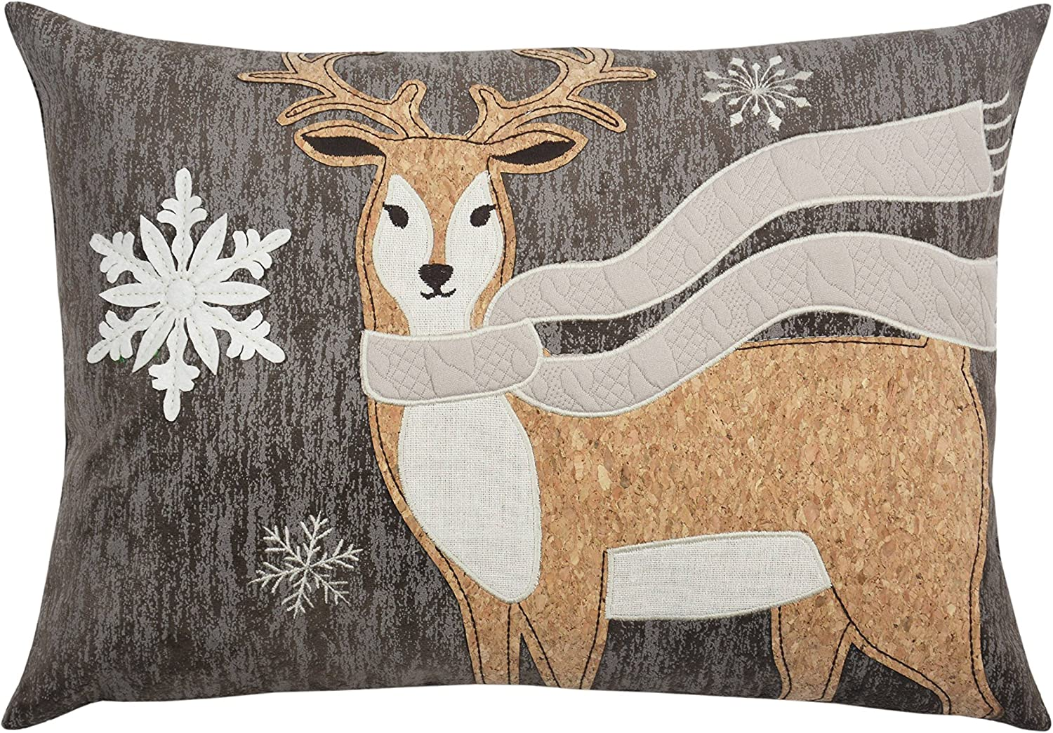 Amazon Com Comfy Hour Wildlife Collection Wood Reindeer Decorative Accent Throw Pillow Cushion 18 Inch Length Kitchen Dining