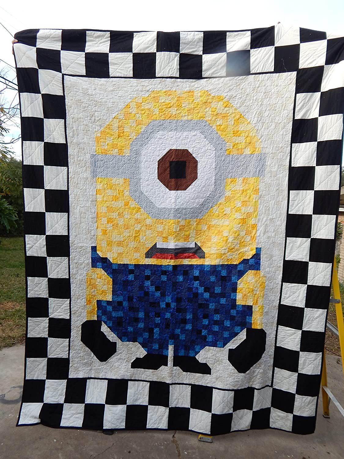 Image of Home and Kitchen Queen Size Minion Pieced Quilt