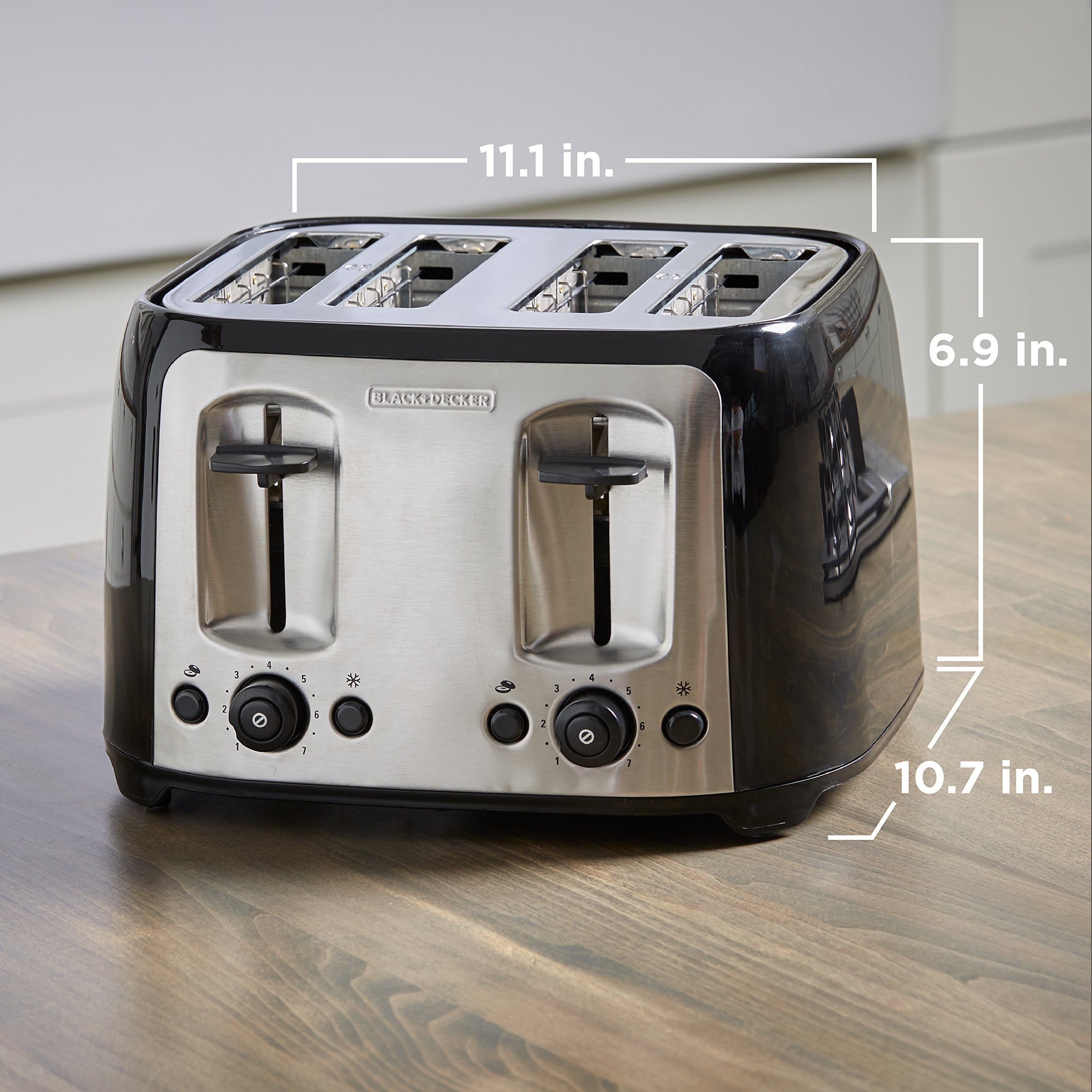 BLACK+DECKER 4-Slice Toaster, Classic Oval, Black with Stainless Steel Accents, TR1478BD by BLACK+DECKER (Image #6)