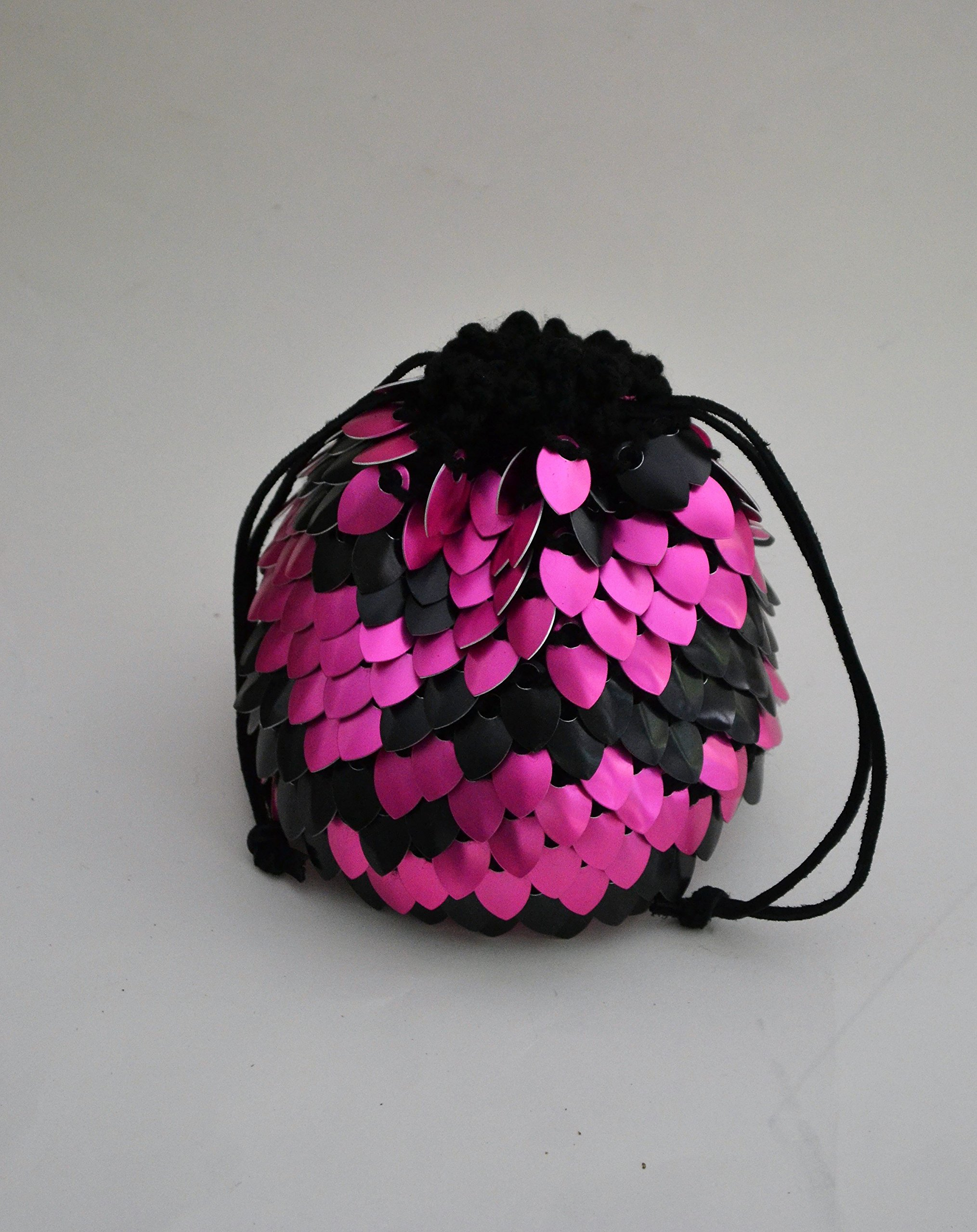 Dice Bag of Holding in knitted Dragonhide Armor - Pink Zebra - Extra Large