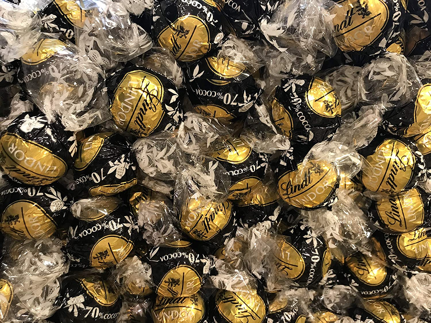 Lindt Lindor Dark Chocolate Truffles, 70% Cocoa Extra Dark Chocolate Balls Individually Wrapped, Black And Gold Wrapping, Bulk Pack 4 Pounds