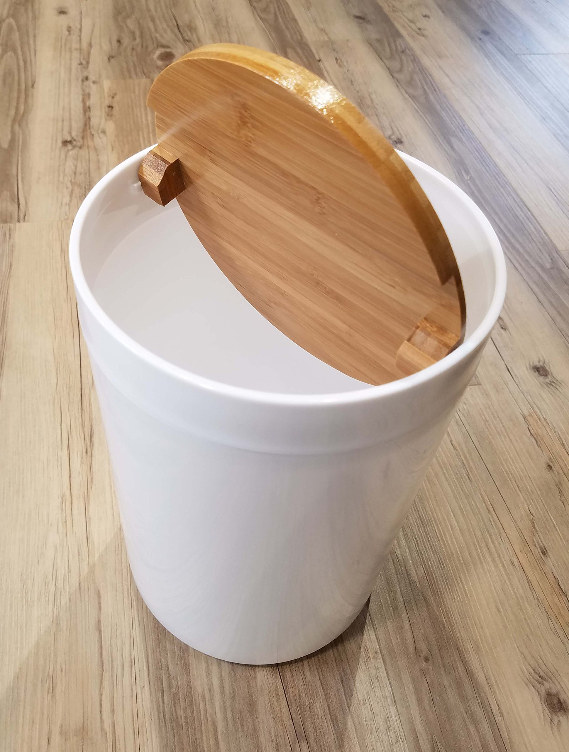 EVIDECO Round Bathroom Floor Trash Can Padang, White/Brown by EVIDECO (Image #3)