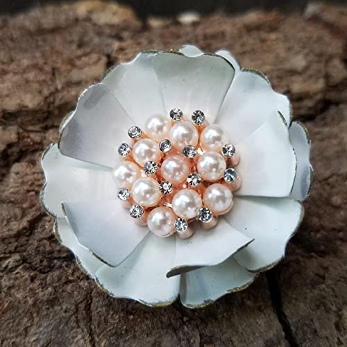 Amazon distressed off white flower brooch with simulated pearls distressed off white flower brooch with simulated pearls mightylinksfo