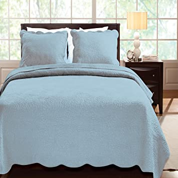 Amazon.com: Greenland Home Serenity Quilt Set, King, Sky: Home ... : teal quilt set - Adamdwight.com
