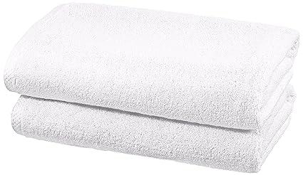 AmazonBasics - Juego de 2 toallas de secado rápido, 2 toallas de baño - Blanco
