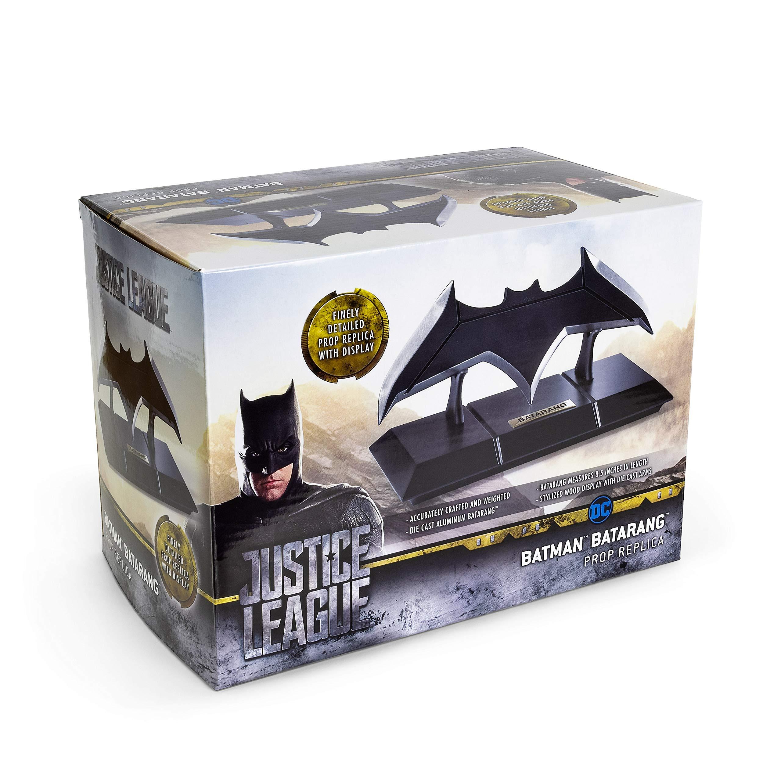 The Noble Collection Batman Batarang and Display
