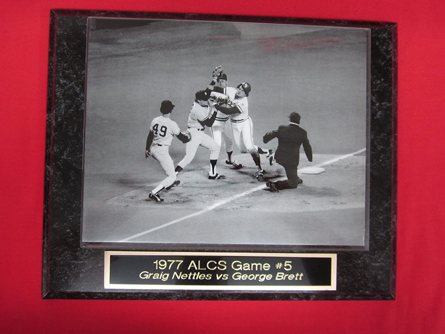 1977 ALCS Graig Nettles vs George Brett Fight Engraved Collector Plaque w/8x10 Photo J & C Baseball Clubhouse
