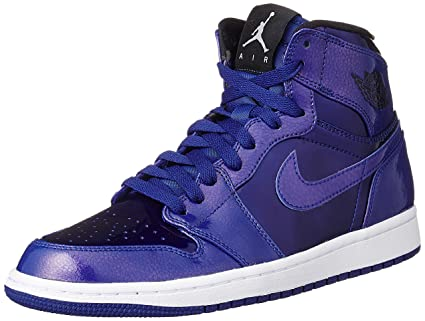 Nike Jordan Men s Air Jordan 1 Retro High Deep Royal Black White Basketball  Shoe 10 Men US 1b988e236