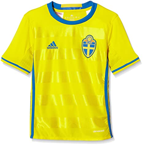 7b8816c5fd7 Amazon.com : 2016-2017 Sweden Home Adidas Football Shirt (Kids ...