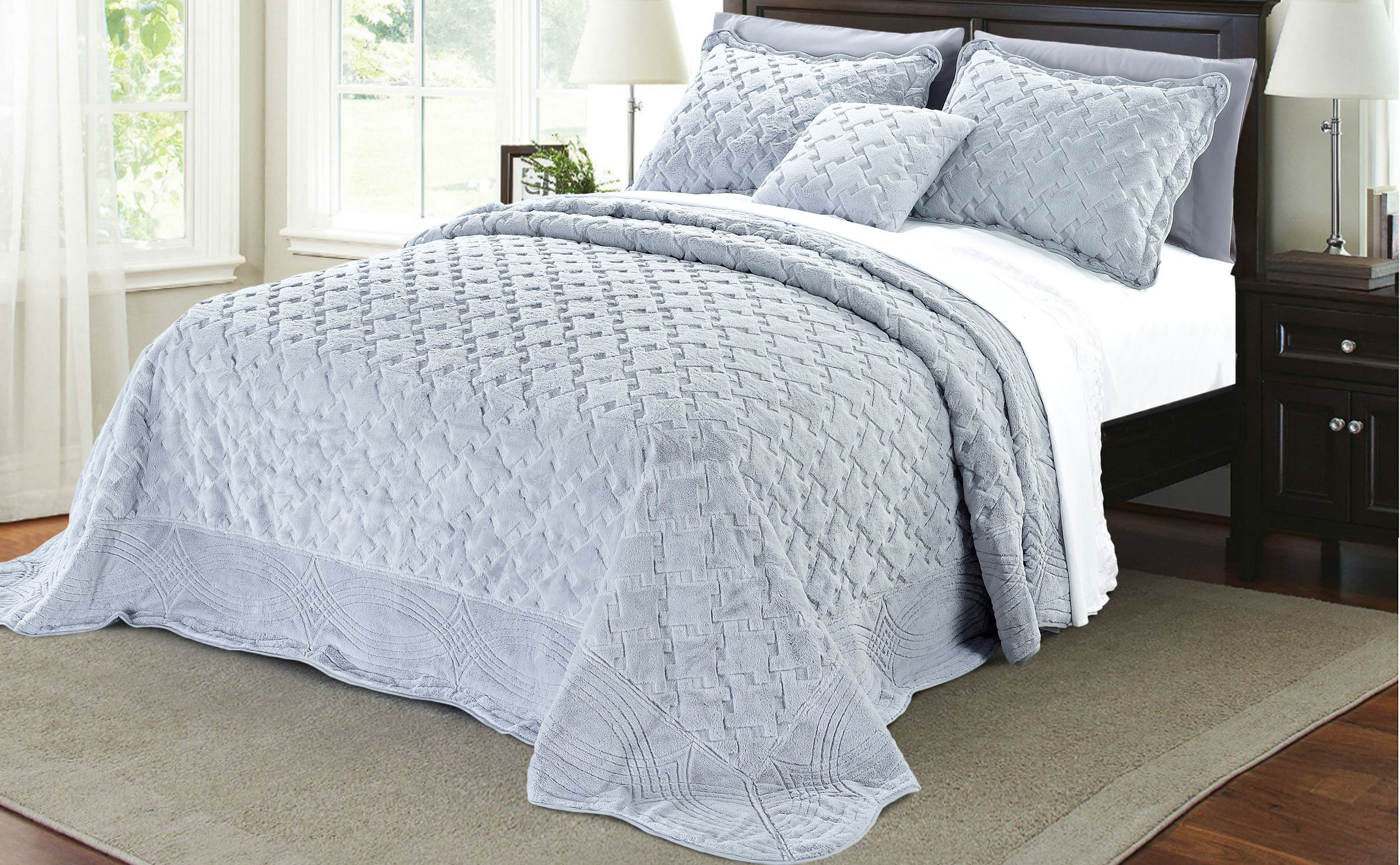 Serenta Faux Fur Quilted Tatami 4 Piece Bedspread Set, King, Grey by Home Soft Things