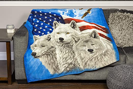 Amazon Com Dawhud Direct Fleece Throw Blanket Wolves And Eagles Honoring Our Heroes Home Kitchen