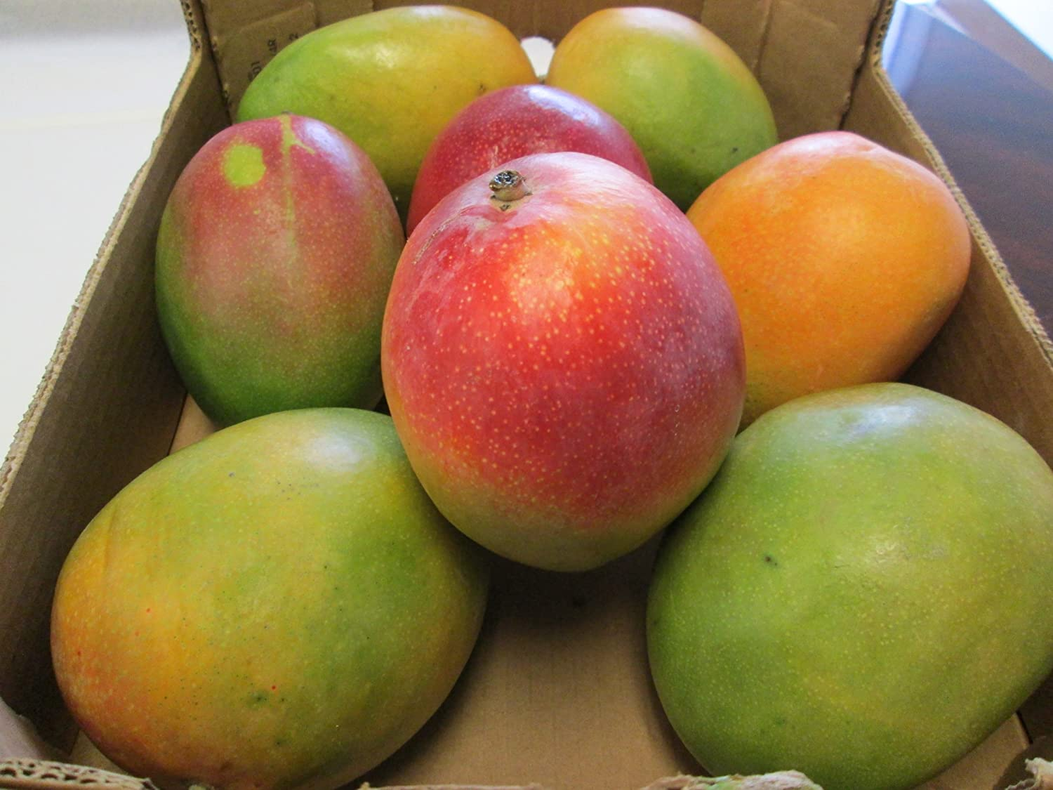 8 Selected Sweet and Juicy Fresh Large Mango Fruit - 9 Lb Pounds