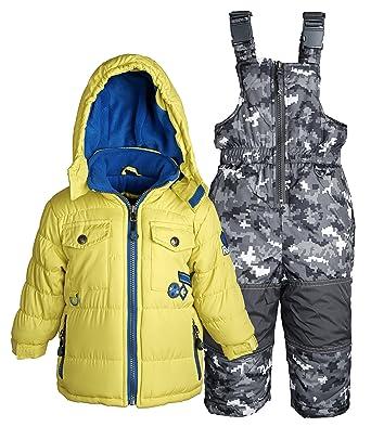 24da3e06ca15 Amazon.com  Rugged Bear Baby Boys Down Alternative Snowsuit Jacket ...