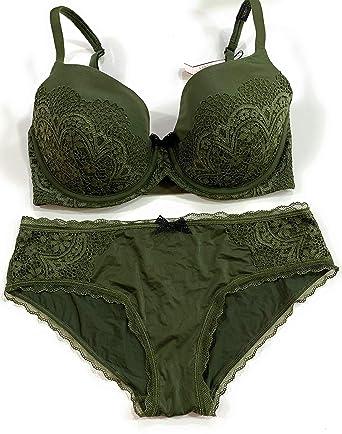 bb131bb9b8 Victoria s Secret Body Lined Demi 32DDD Bra Set with Matching Hiphugger  Panty Medium Green