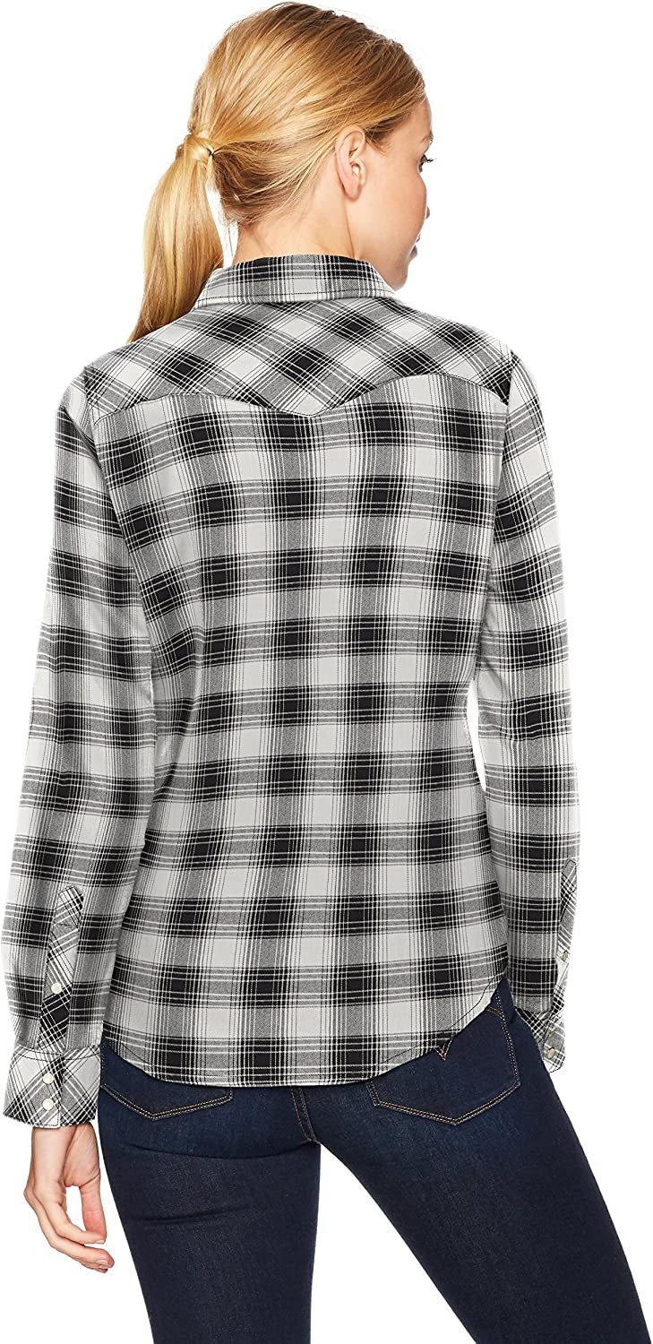Levi's womensTailored Classic Western Shirt Straight Point Collar Long_Sleeve Button-Down Shirt Yew Oatmeal