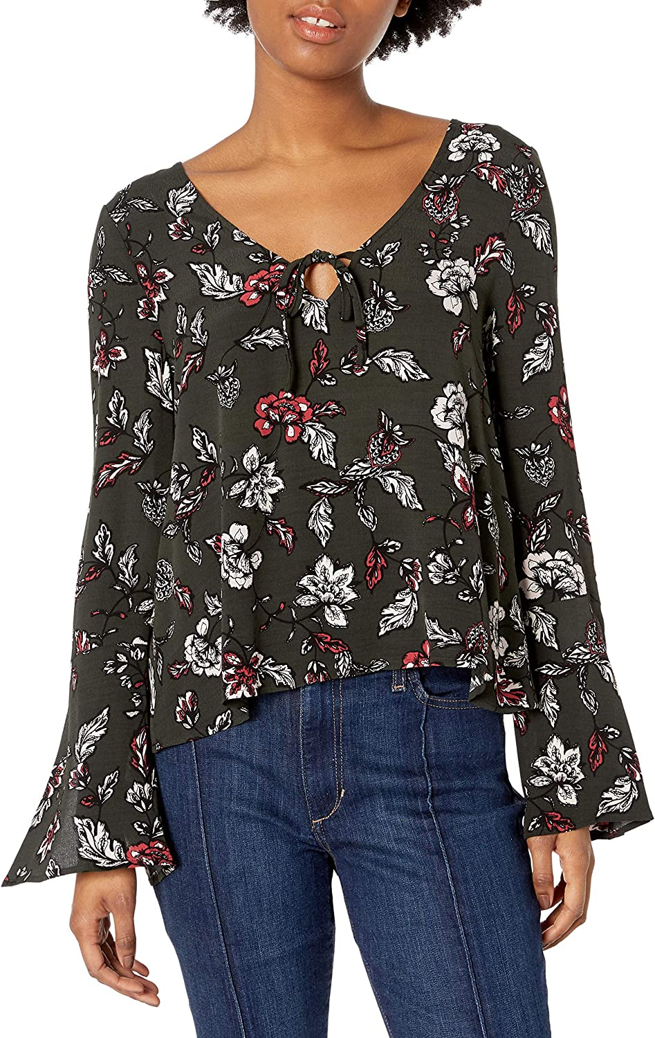 cupcakes and cashmere Womens Berney Floral Print Off The Shoulder Top