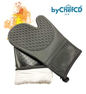 Professional Silicone Oven Mitts / Heat Resistant Gloves (ByChefCD) - Non-Slip Professional Cooking Gloves, Kitchen Potholders And Oven Mitts, Grill Gloves Heat Resistant, Best Oven Mitt (Black)