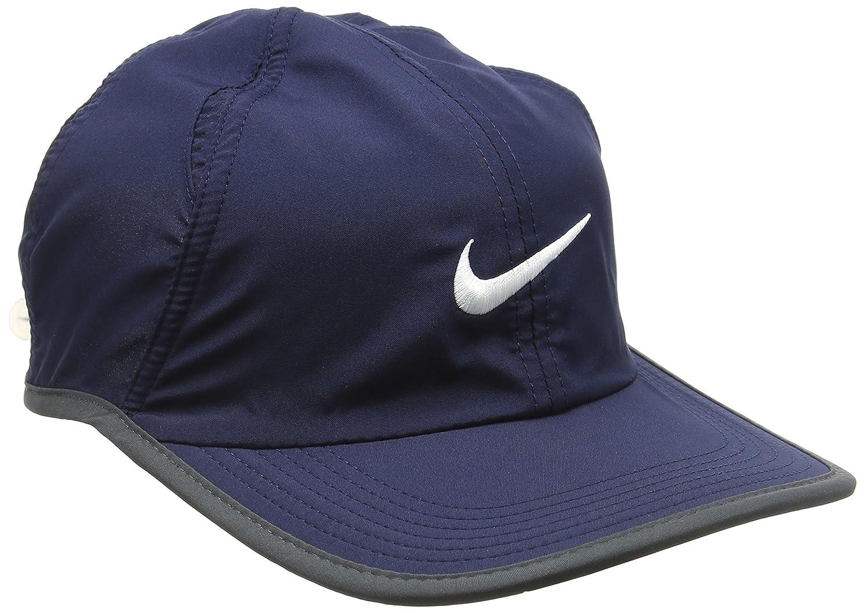 outlet store eb4c5 de081 Amazon.com   NIKE FEATHER LIGHT HAT (version 2.0) ADULT UNISEX -NAVY    Clothing