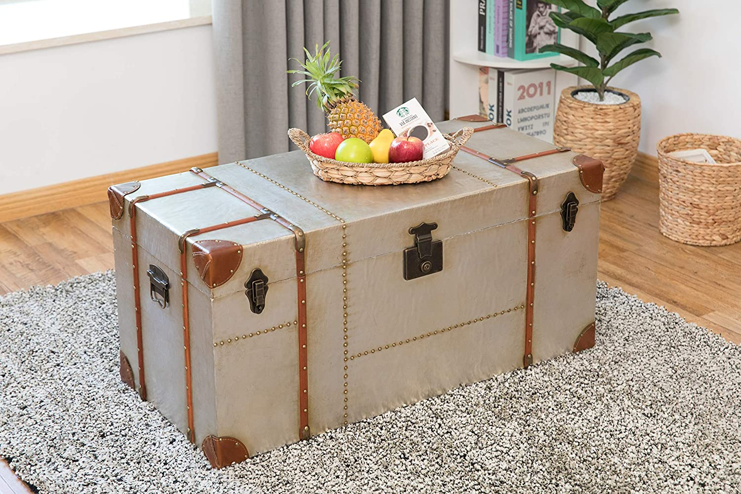 Amazon Com Vintiquewise Industrial Wooden Aluminum Storage Trunk With Lockable Latches Large Furniture Decor