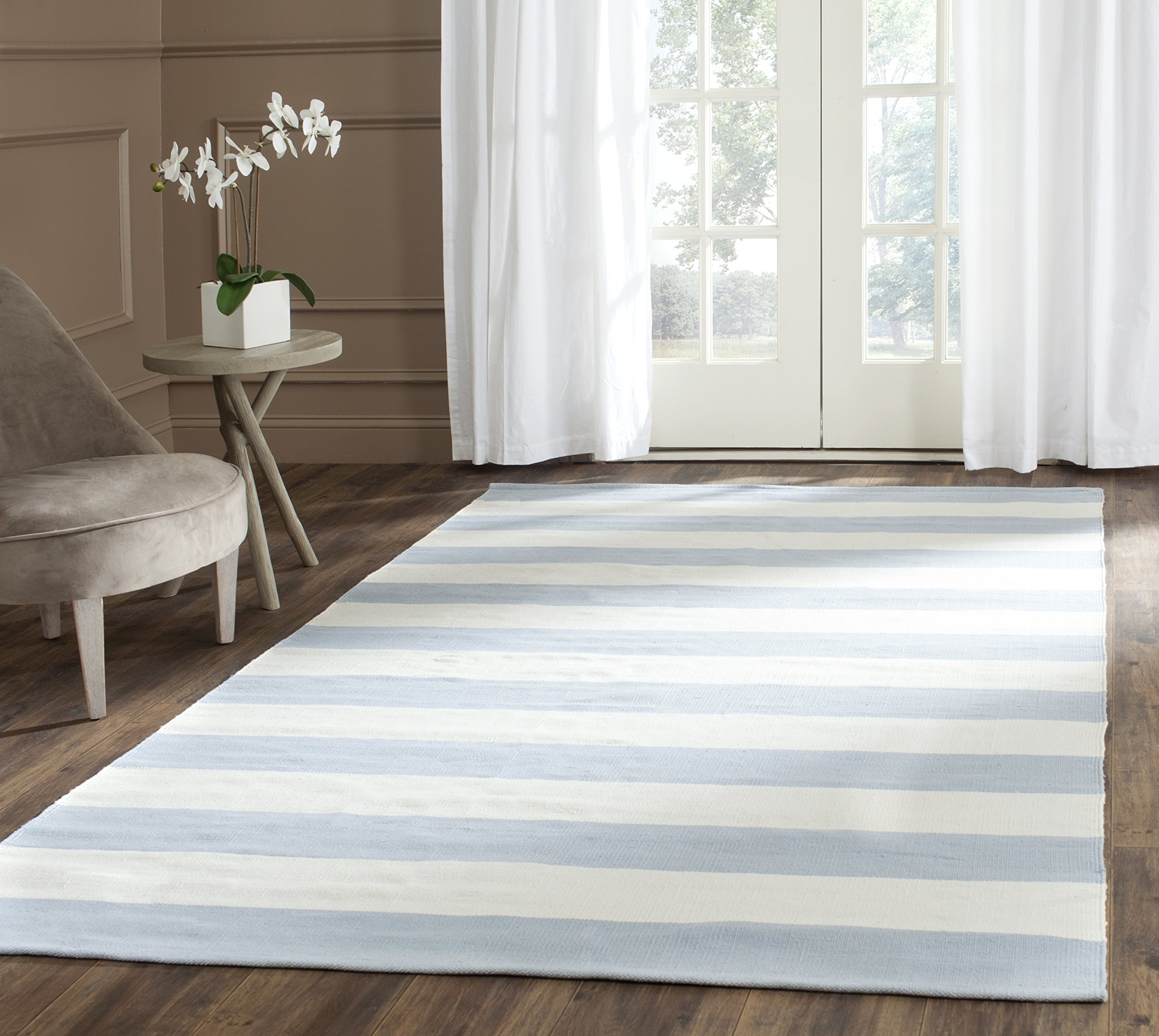 """Safavieh Montauk Collection MTK712K Sky Blue and Ivory Runner (2'3"""" x 5') - These rugs are hand-woven from premium cotton to add comfort and durability These rugs are made from a high-quality cotton, providing comfort and softness to the touch These rugs feature Transitional patterns and vibrant colors to match any Décor - runner-rugs, entryway-furniture-decor, entryway-laundry-room - 91PddFebCLL -"""