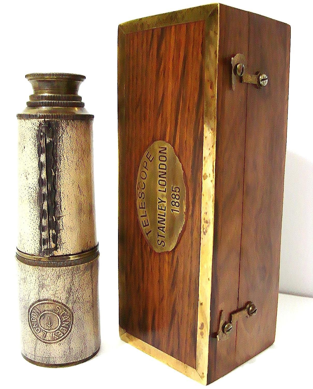Riproduzione di un cannocchiale dei pirati, in ottone, in cofanetto di legno, lunghezza: 35,56 cm casanova nauticals