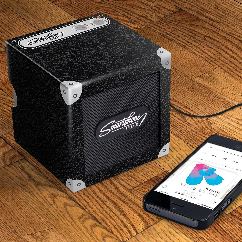 Pocket Tin Speaker, USB Rechargeable Portable Speaker, Silver - Luckies of London Luckies of London Ltd LUKPOC