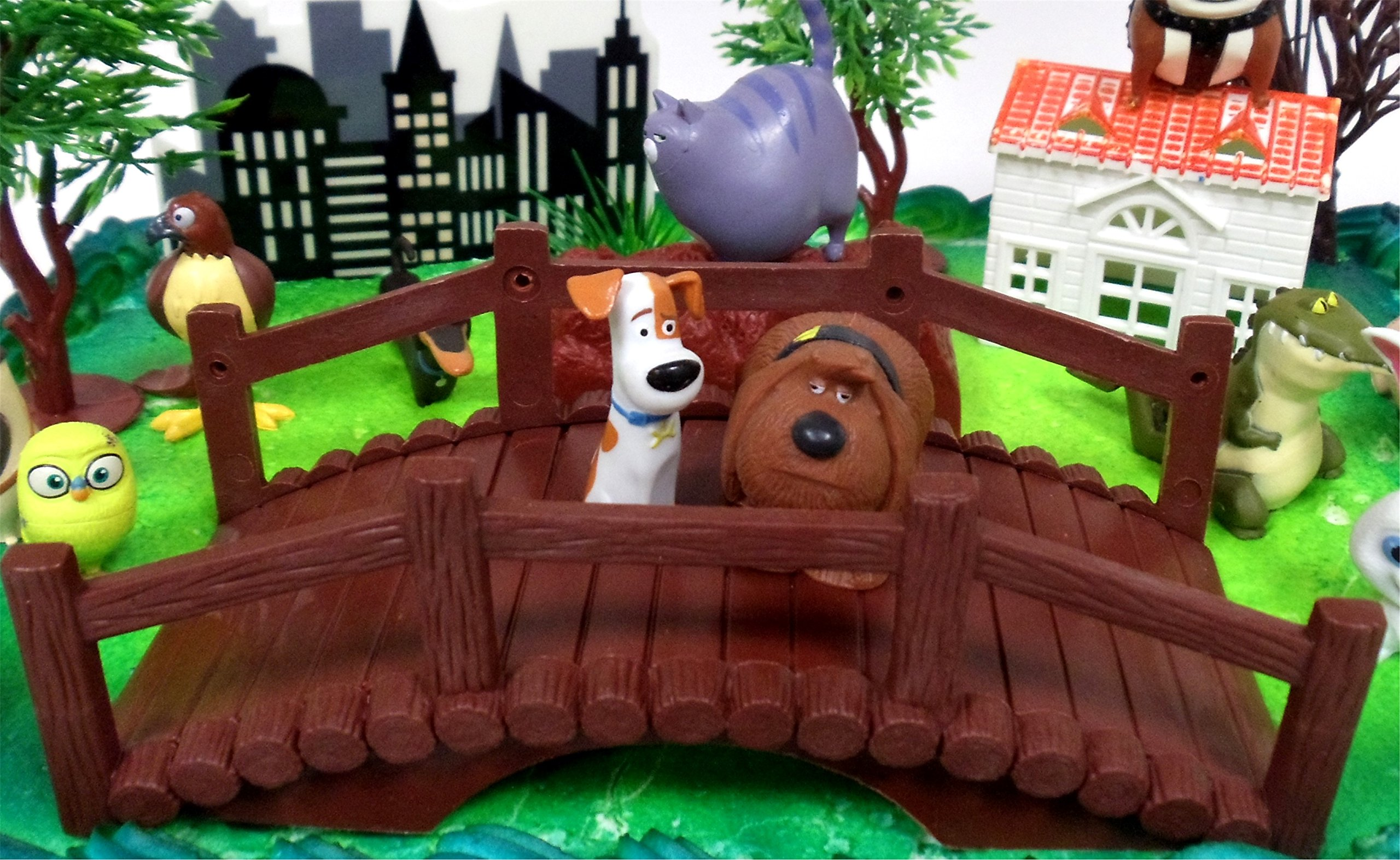Secret Life of Pets Birthday Cake Topper Set Featuring Character Figures and Decorative Accessories by Cake Toppers (Image #2)