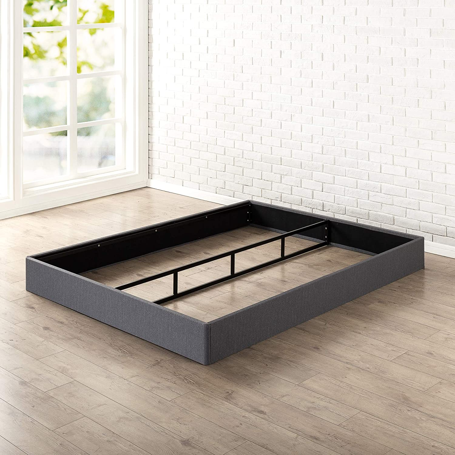 Zinus Daniel 7.5 Inch Essential Metal Box Spring with Easy Assembly , Queen: Furniture & Decor