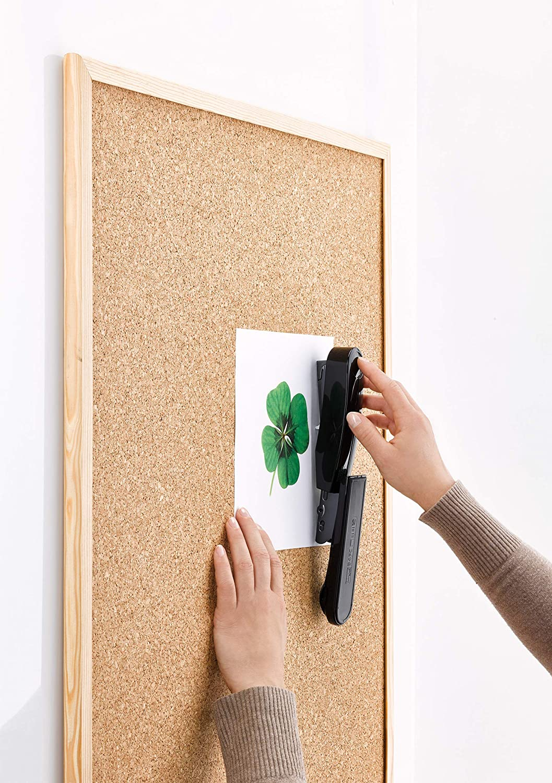 50 fogli Cucitrice in metallo con parte superiore in plastica riciclata sostenibile colore: Nero Novus B 4 FC re+new 200 graffette
