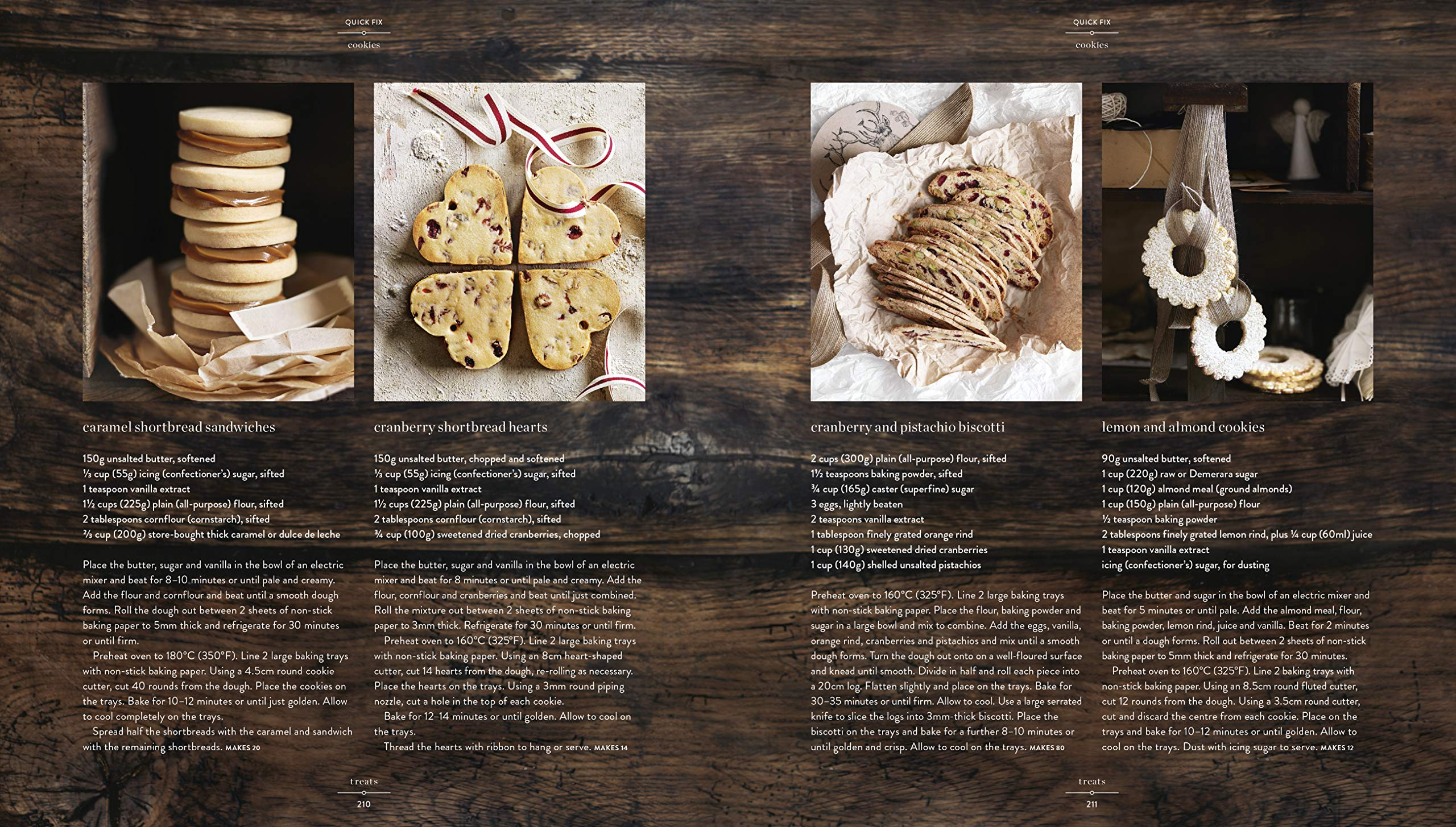 Christmas Feasts and Treats by 4th Estate