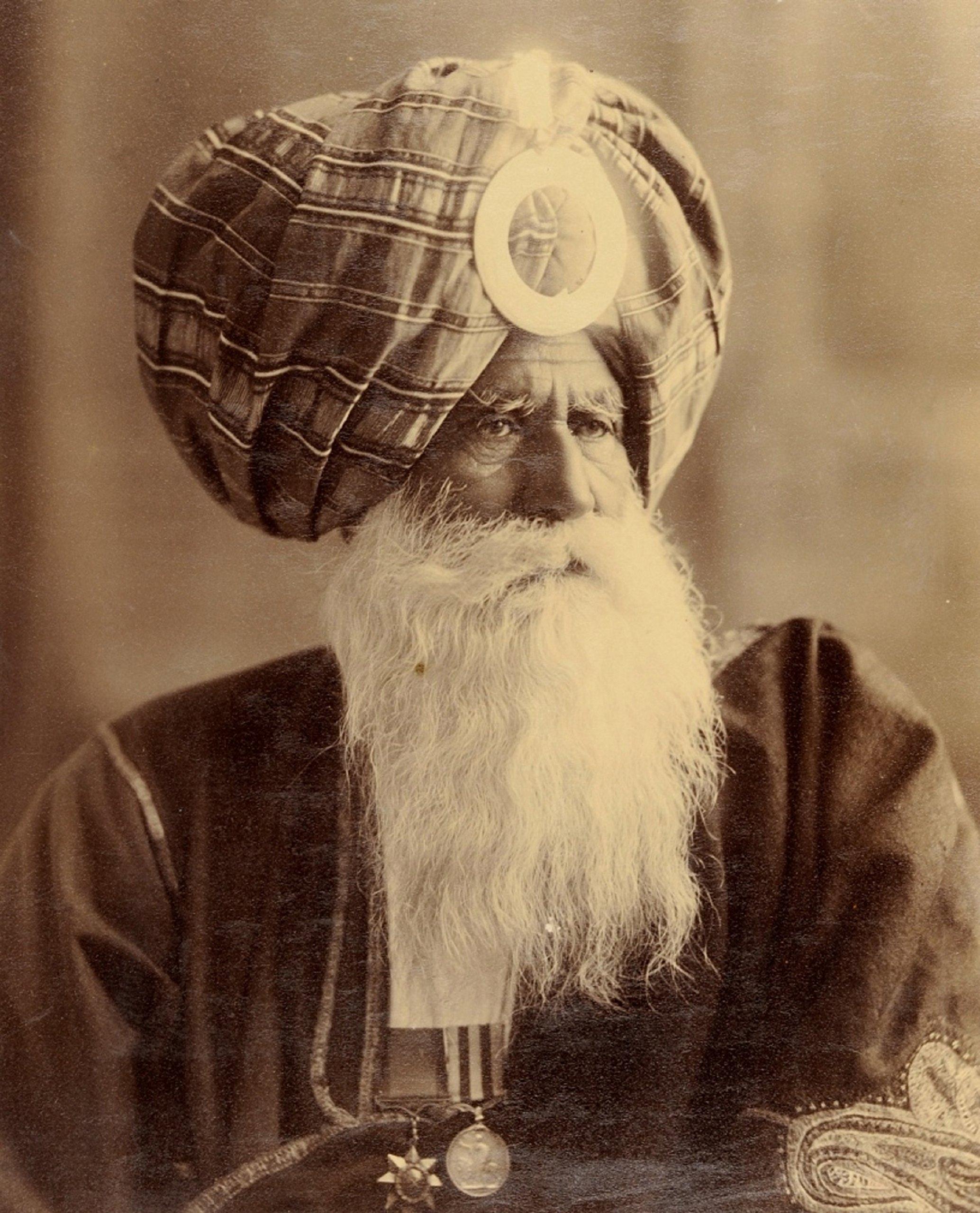 Warrior Saints: Four Centuries of Sikh Military History: Volume 2