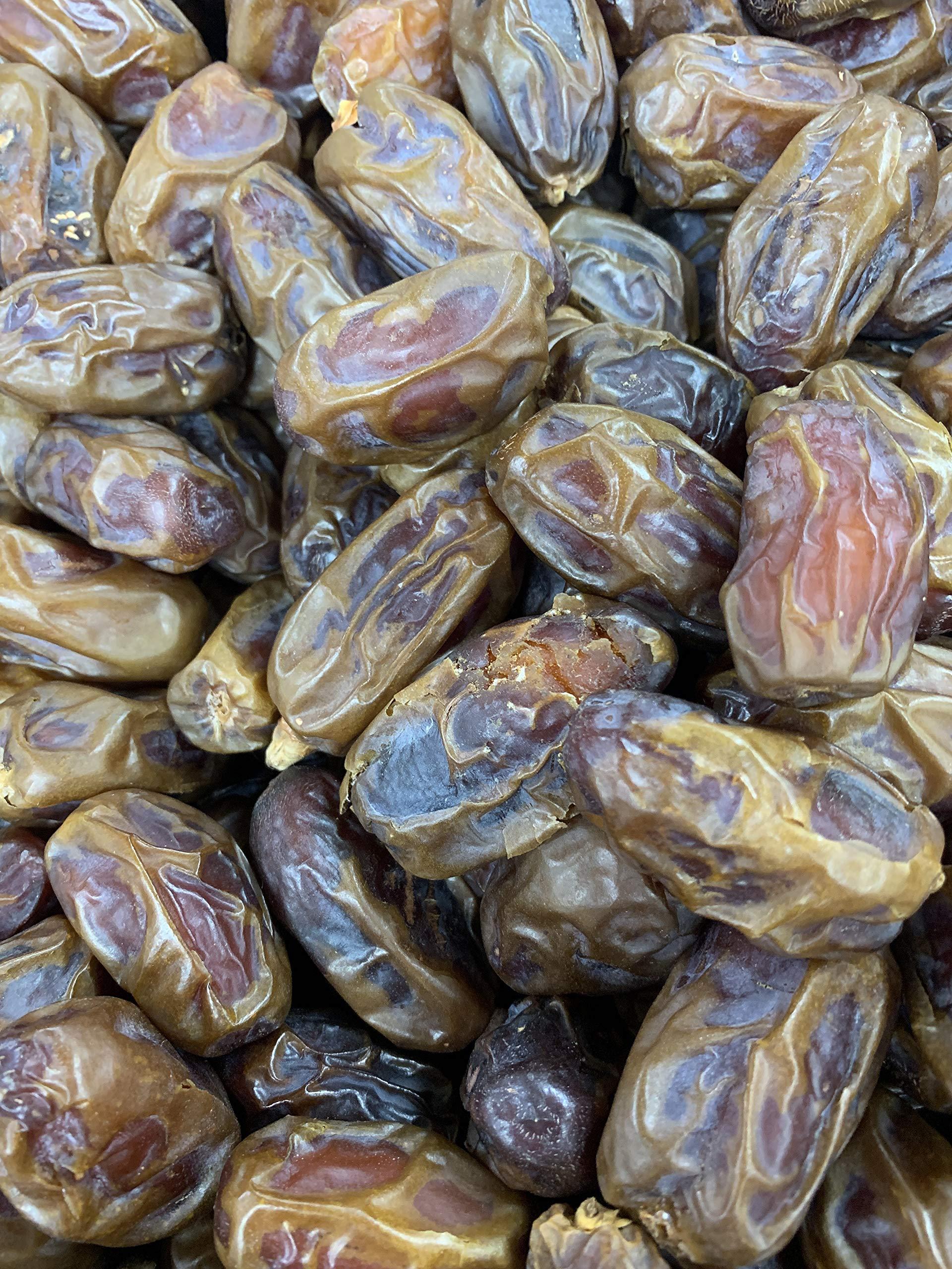 Kejora Sweet Medjool Dates - California Grown - 22 Lbs / BOX ( LIMITED QUANTITY)