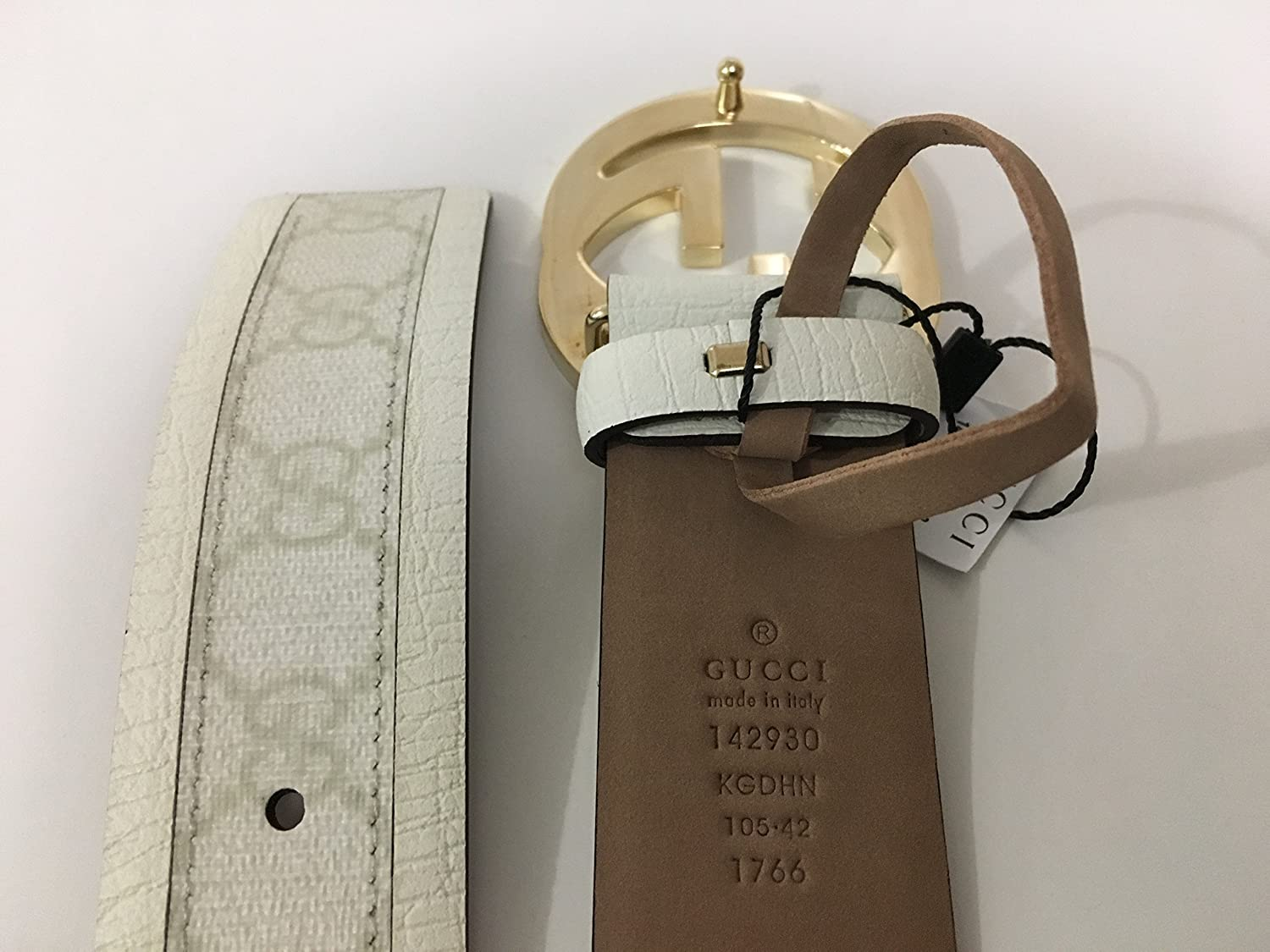 8160c1e61e9 Guccissima Leather Belt with interlocking G Buckle. White 142930 - White -   Amazon.co.uk  Clothing