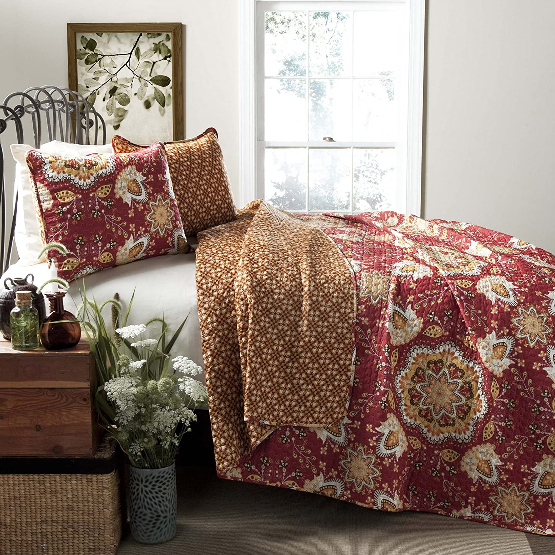 Amazon.com: Lush Decor Addington 3 Piece Quilt Set, King, Red: Home U0026  Kitchen