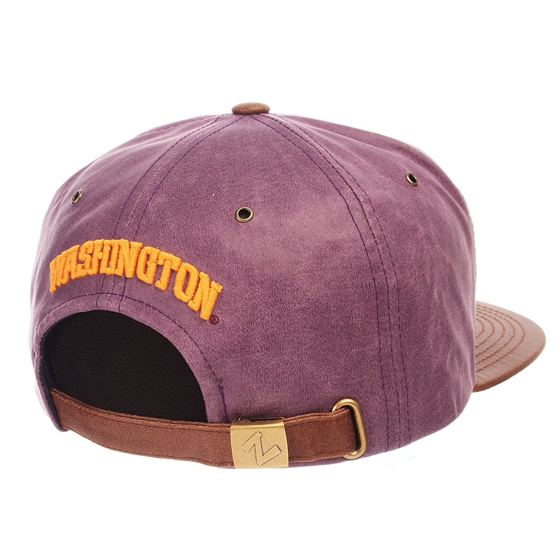 Zephyr Adult Men Tribute Heritage Collection Hat Adjustable Team Color//Cracked Leather