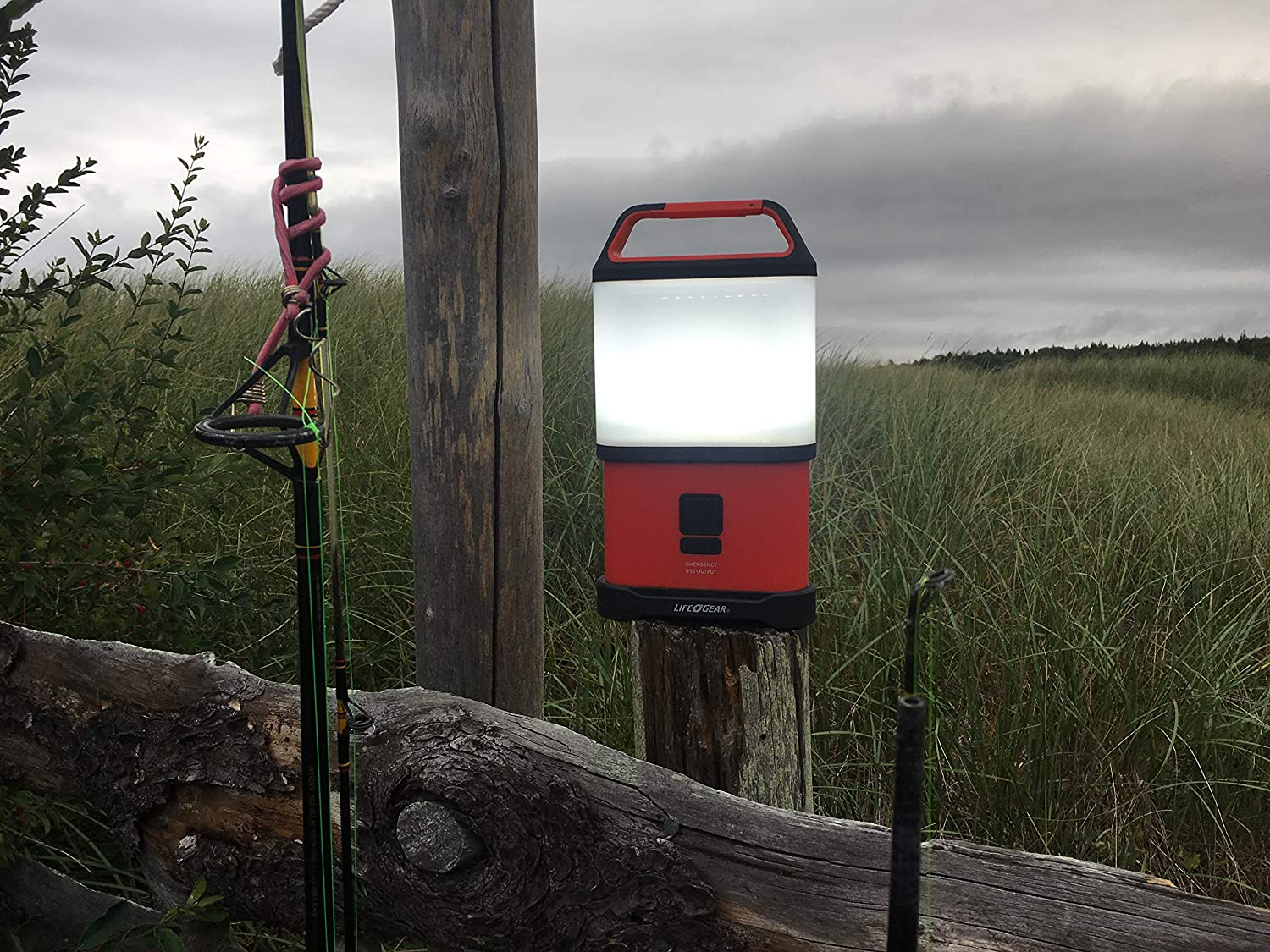 41-3760 Red Collapsible Lantern with Bright 500 Lumens Life Gear Stormproof Stow Away